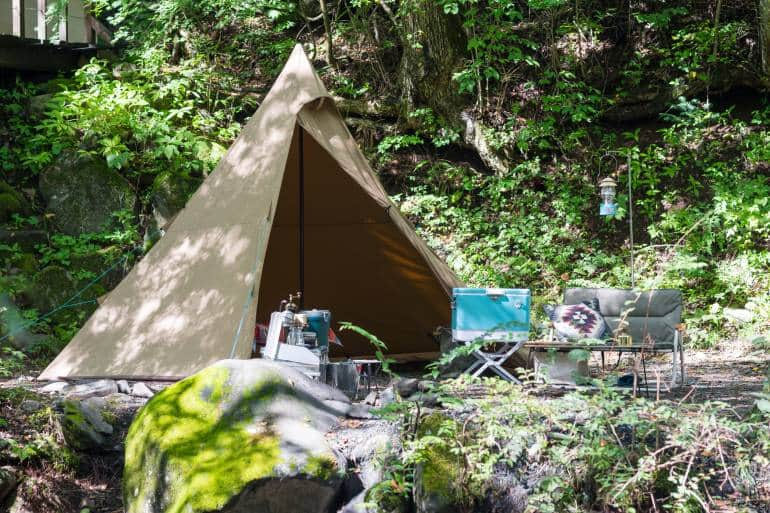 tent in nature - camping gear Tokyo