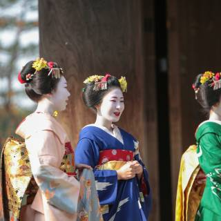 Kyoto Maiko Makeovers Below 10,000 Yen