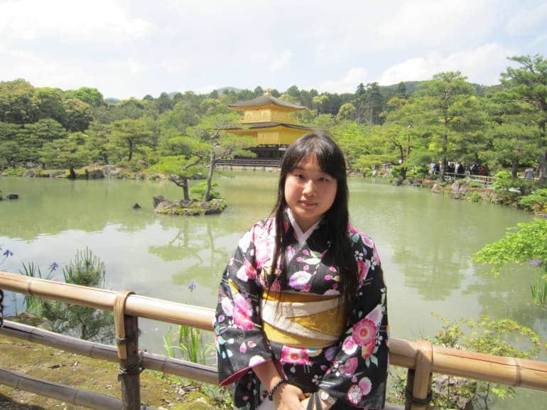 The author wearing a kimono from Yumeyakata in 2011