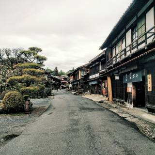 Hiking the Historical Nakasendo Trail from Magome to Tsumago