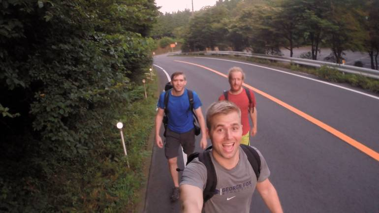 Climbing Mount Fuji Sea to Summit 05