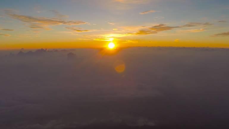 Climbing Mount Fuji Sea to Summit 28