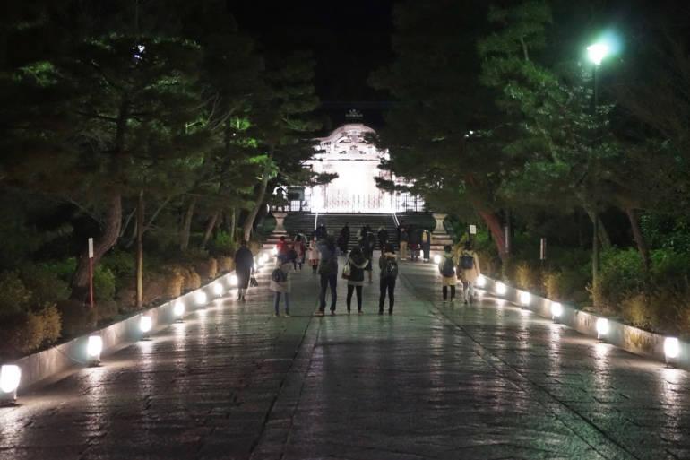 Higashiyama Hanatoura Temple Approach