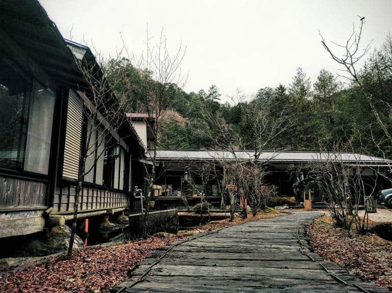 takimi house exterior - nagano ryokan