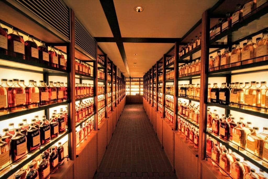osaka suntory whisky tour