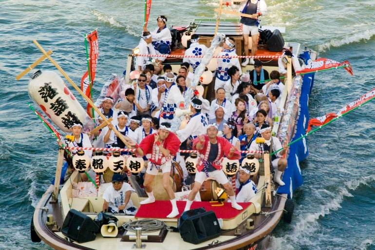 cheapo july events in Japan - tenjin matsuri