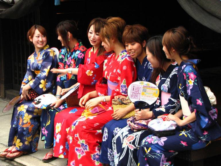 Young women wearing yukata