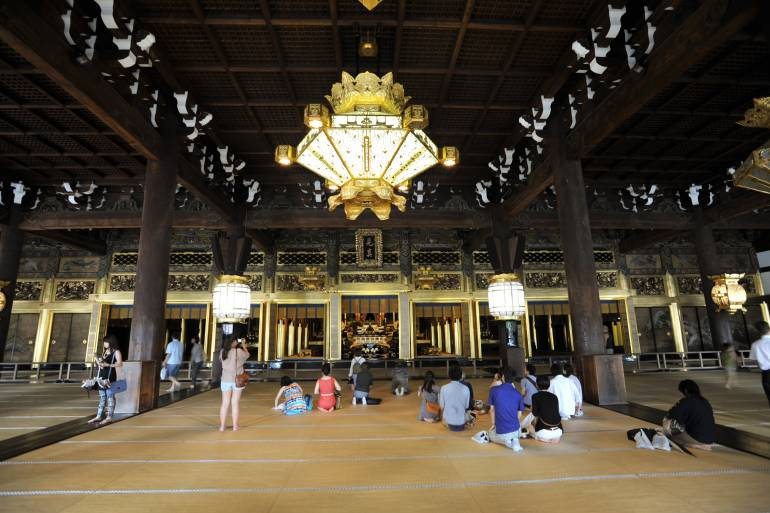 Honganji Temples: Visiting the Heart of Japanese Buddhism  Japan Cheapo