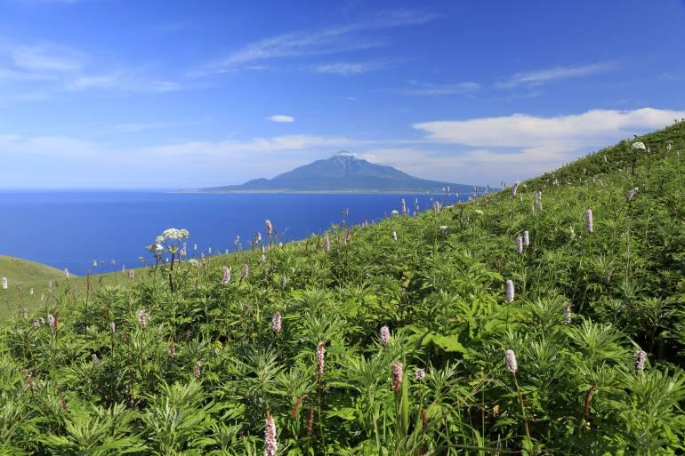 hokkaido japan national parks