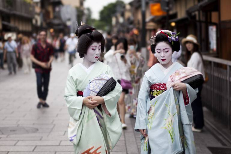 geisha walking in Gion