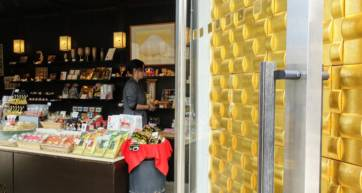 Kanazawa Souvenir Shopping