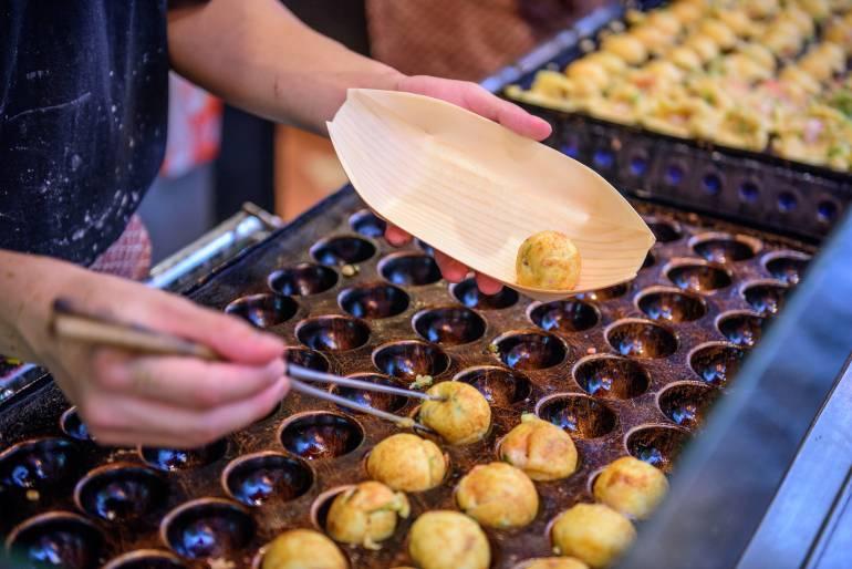 Takoyaki, osaka street food