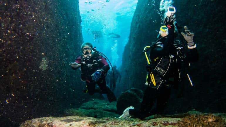 Top Japan Diving Spots: Where to Go and What to See
