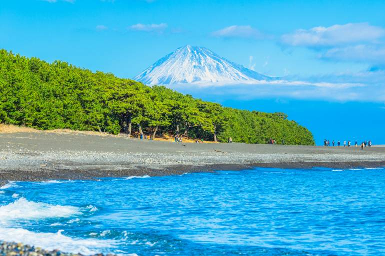 beach with Mt.Fuji in background