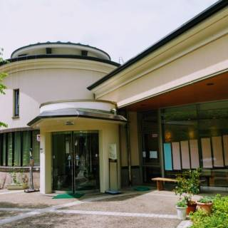 Yuwaku Yumeiji Kaikan