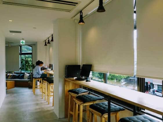 Blue Hour Hostel Desk Kanazawa