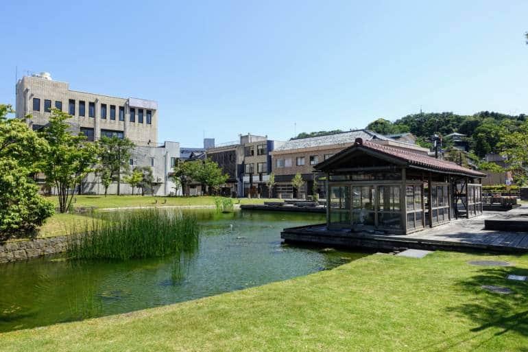 Katayamazu Onsen - Sunabashiri Temple