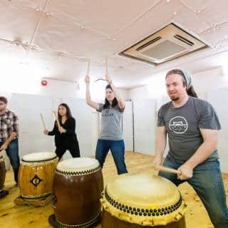 Taiko Drum Experience: Group Lesson (Osaka)