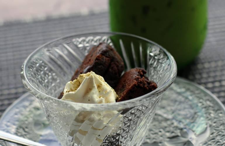 Rishiri Port Kombu Brownie Cafe