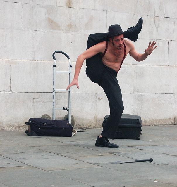 A street performer in Trafalgar Square