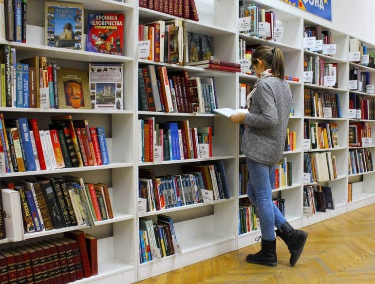Free books, quiet reading spaces and book exchanges all help to make rainy days pass quickly