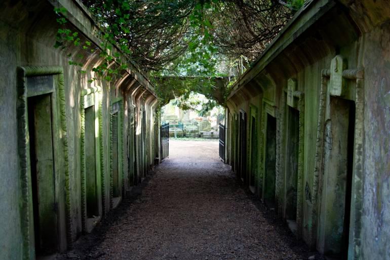 victorian stone walkway London Historic Sights