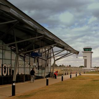 Southend Airport To Central London: Cheapest And Fastest Transport