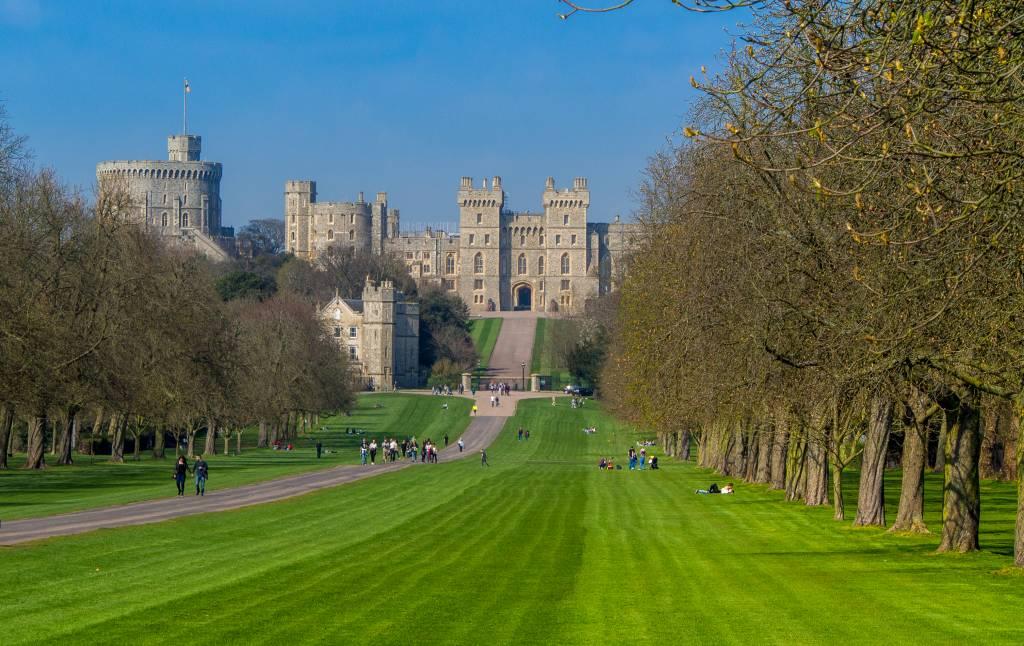 Long walkway up to Windsor castle
