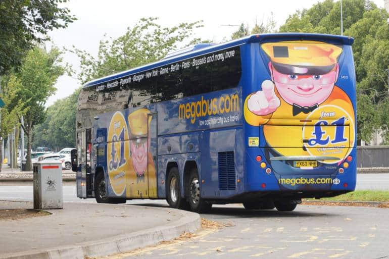 bus london to edinburgh