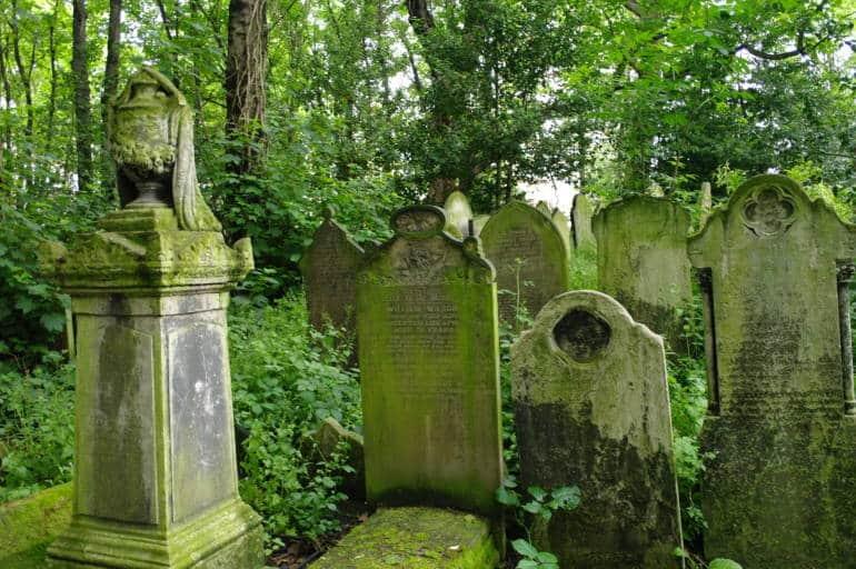 tower hamlet cemetery park