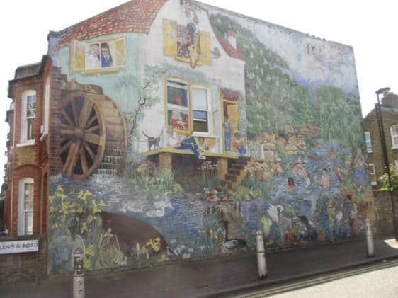 Glenelg Road mural