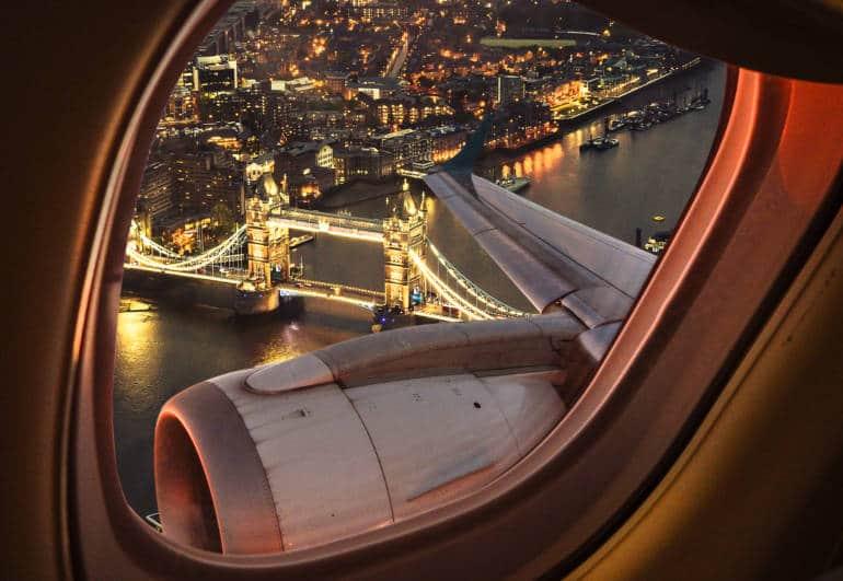 Flight club: Plane over London
