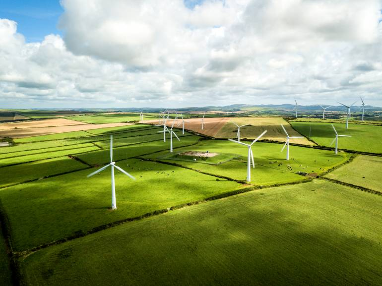 Switching Energy Providers UK Green wind turbines