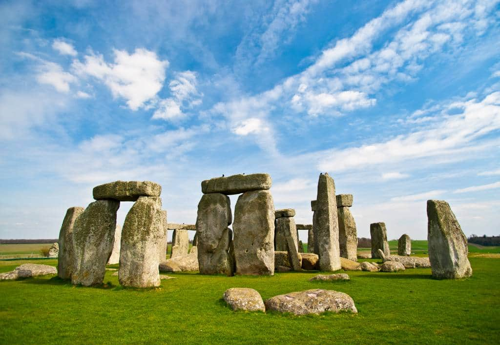 London to Stonehenge say trip guide
