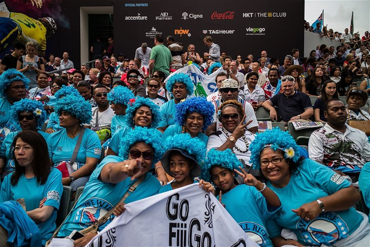 fans at rugby sevens