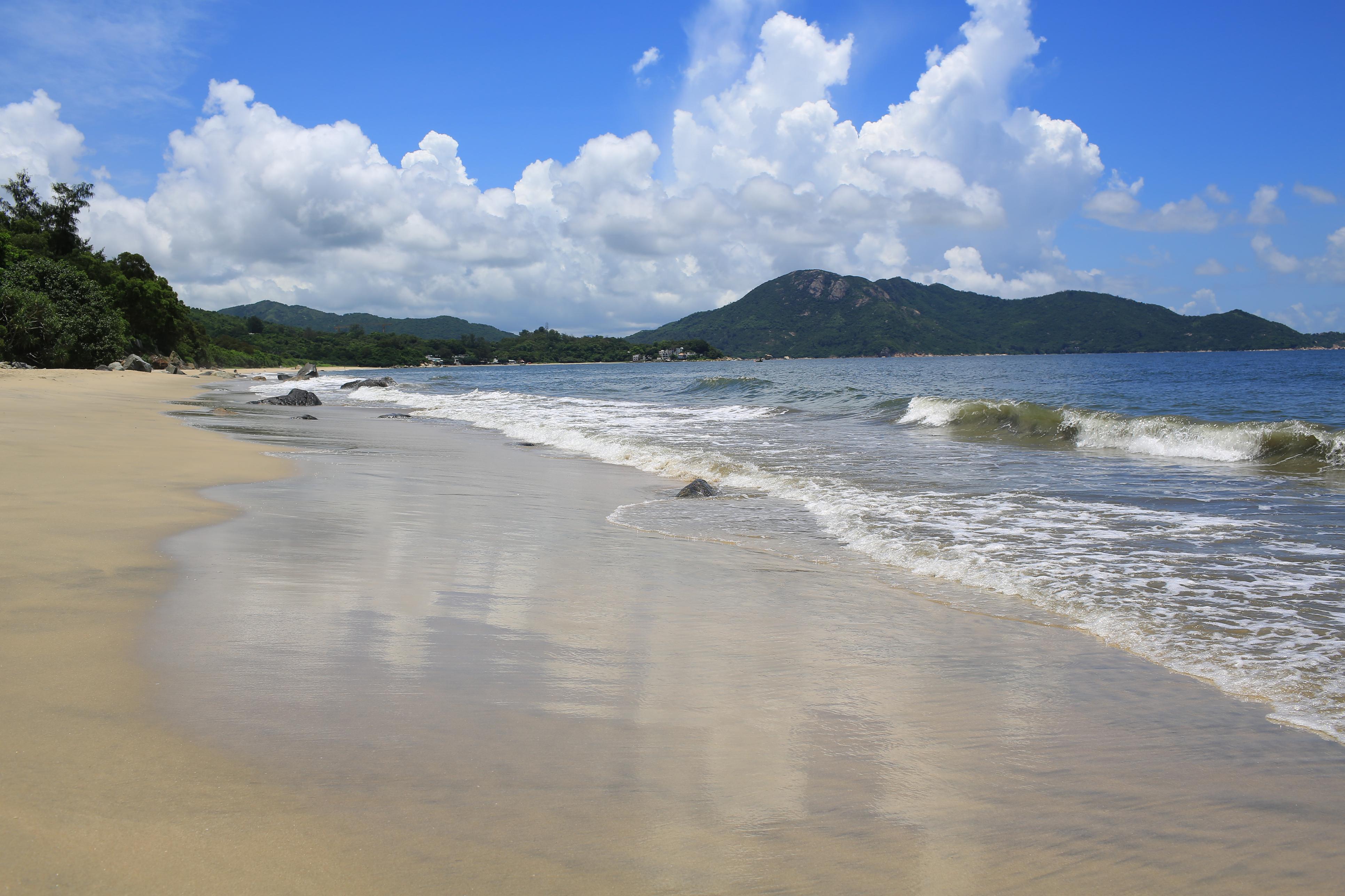 Waves breaking on Cheung Sha Beach on Lantau island