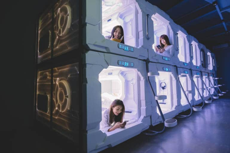 capsule hotel,a unique Hong Kong accommodation