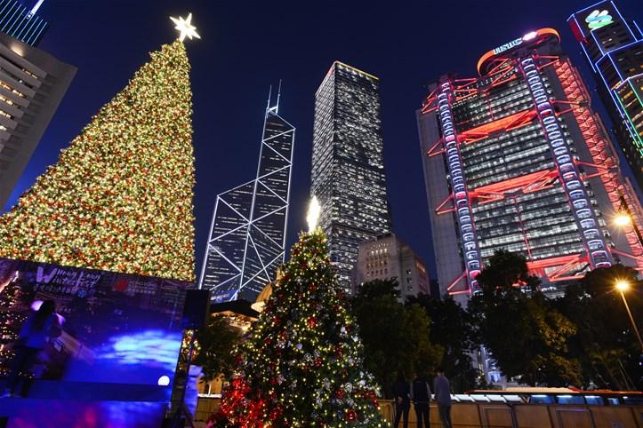 Statue Square Christmas