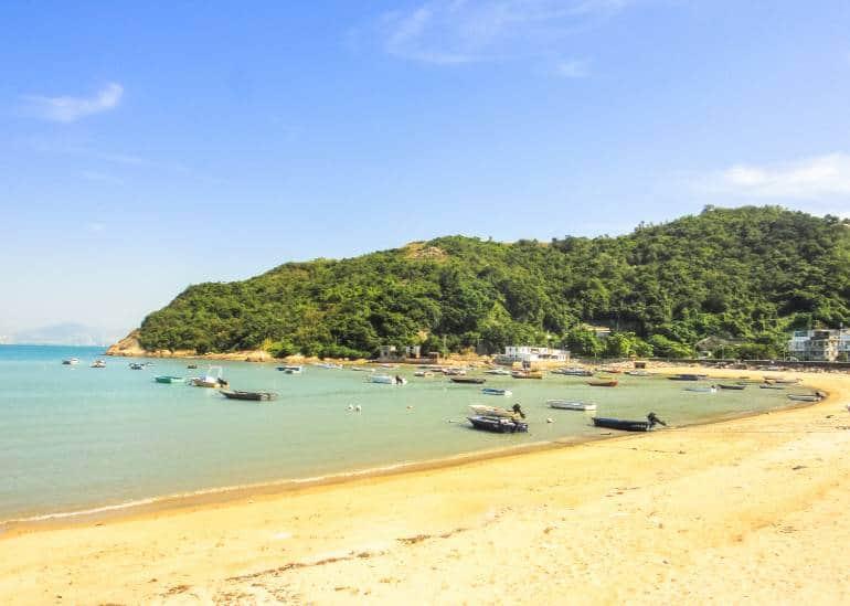 Peng Chau Island beach
